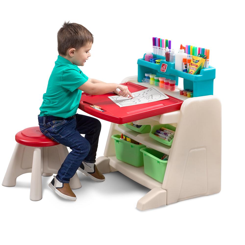 Step2 Flip & Doodle Desk