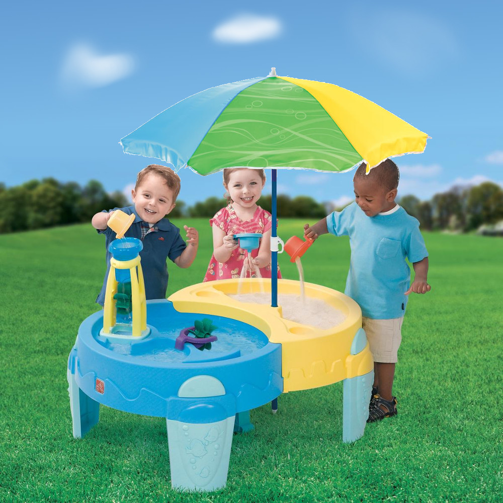 Step2 Shady Oasis Sand & Water Play Table