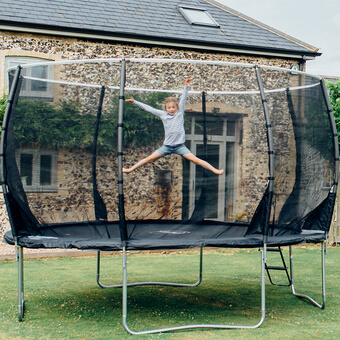 Plum Magnitude Trampoline and 3G Enclosure with FREE Ladder! - 10ft