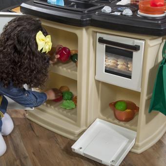 Step2 Great Gourmet Kitchen