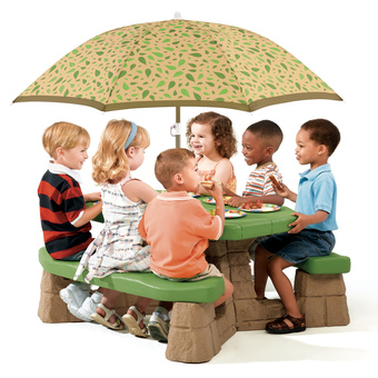 Step2 Naturally Playful Picnic Table with Umbrella- Green