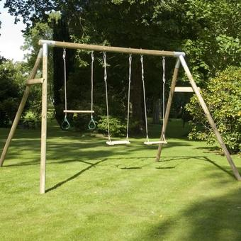 TP Knightswood Triple Swing Set 1