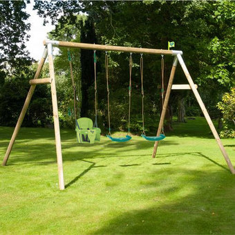 TP Knightswood Triple Swing Set 11
